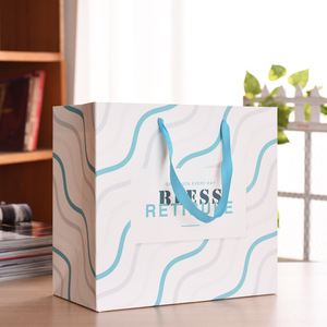 Wholesale Portable Cloth Shopping Paper Bag China Manufacturer