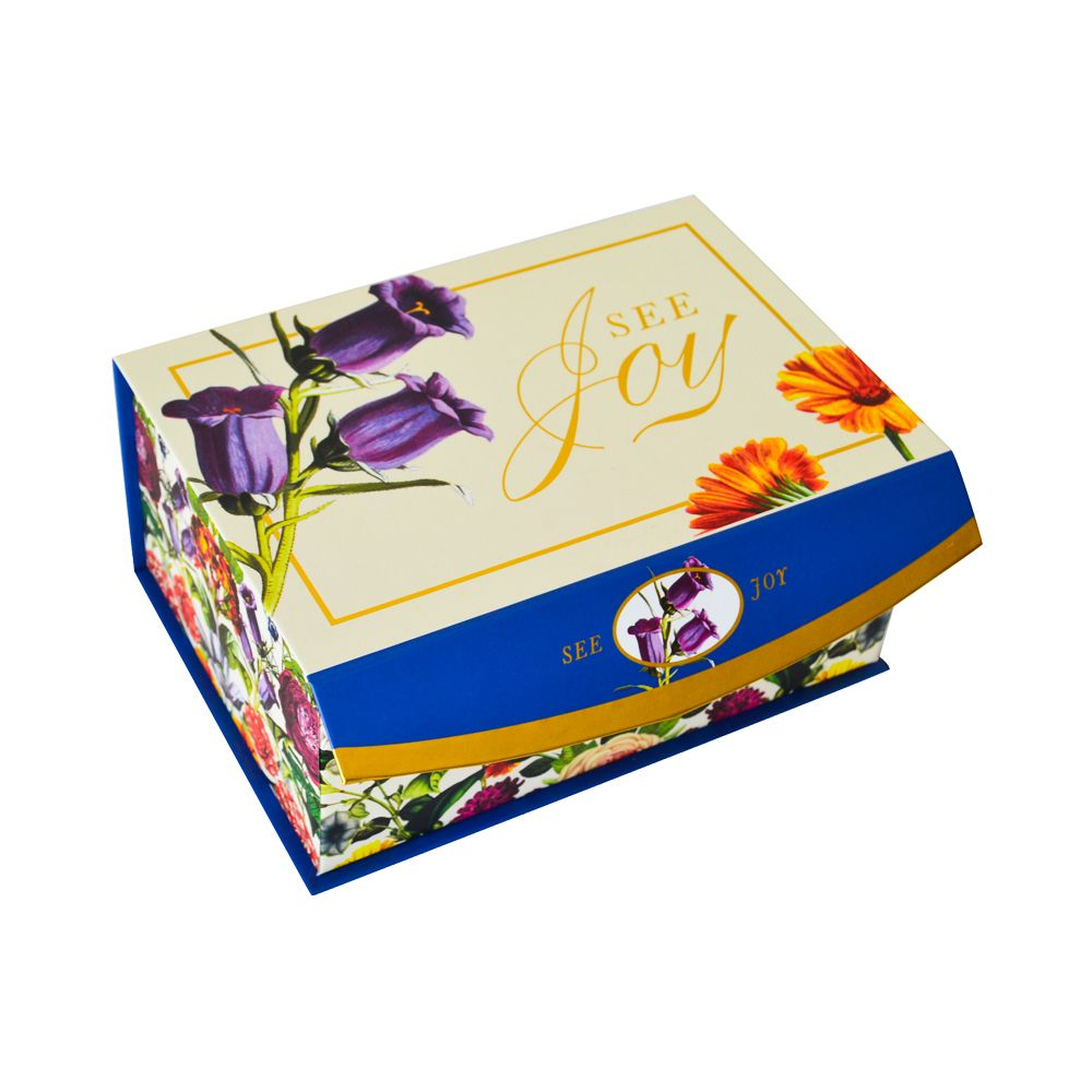 Clamshell Book Style Apparel Packaging Boxes with Magnet