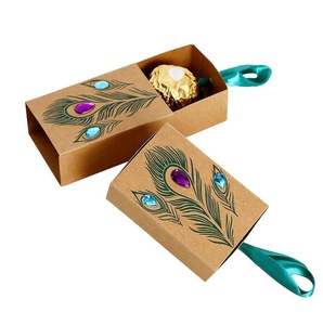 Customized Kraft Paper Peacock Feather Boxes Drawer Design Wedding Favors Gift Boxes