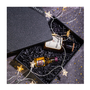Wholesale Shiny Look Black Paper Boxes Mens Gift Packaging For Wine