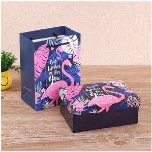 Paperboard Paper Type and Recyclable Feature Cosmetic Box packaging with Shopping Bag