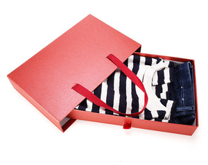 Custom Luxury Ribbon Handle Gifts Clothing Packaging Boxes with Drawer and Window