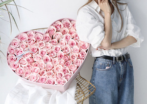 Heart Design Flowers Paper Packaging Gift Box For Packing Rose Flowers