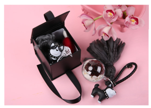 Custom Square Keychain Makeup Brush Perfume gift Storage Packaging Candle Wedding favor Boxes For Guests