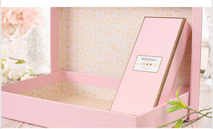 Wedding Favor Chocolate Ribbon Packaging Box With Tray Supplier