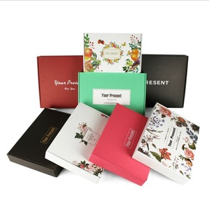Special Colorful Printing Kraft Underwear Clothing Packaging box Supplier