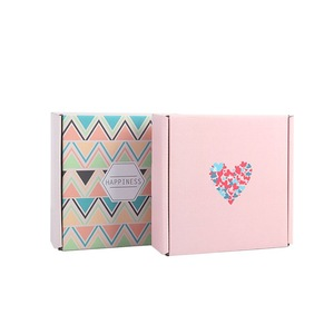 Customized Foldable Flat Corrugated Paper Gift Boxes for Apparel