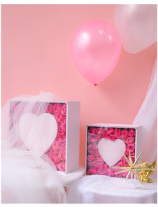 Luxury Pink Square and Heart Design Flowers Packaging Boxes with PET Clear Cover for Gifts