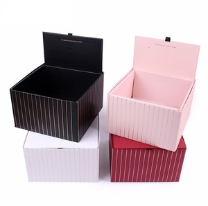 Customized Easy Assembly Floding Square Flower Box in Packaging