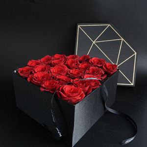 Diamond Shape Cardboard Gold Foil Packaging Preserved Bouquet Long Lasting Rose Suede Roses Gift Box Packing Boxes For Flowers