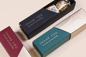 Wholesale Fancy Luxury Gold Foil Hot Stamping Small Folding Candy Chocolate Gift Packaging Box